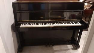 פסנתר Yamaha מדגם Eterna