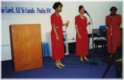 3 ladies singing