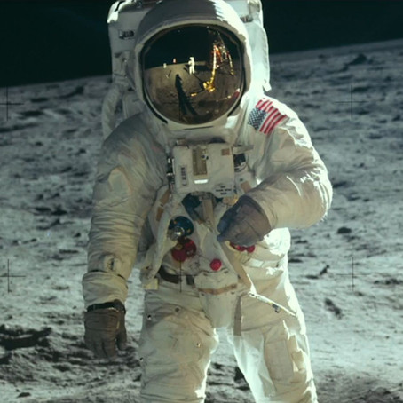 REPORTAGEM   As viagens literárias do homem à Lua