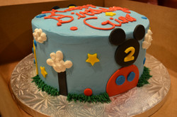 MM Clubhouse Cake 3
