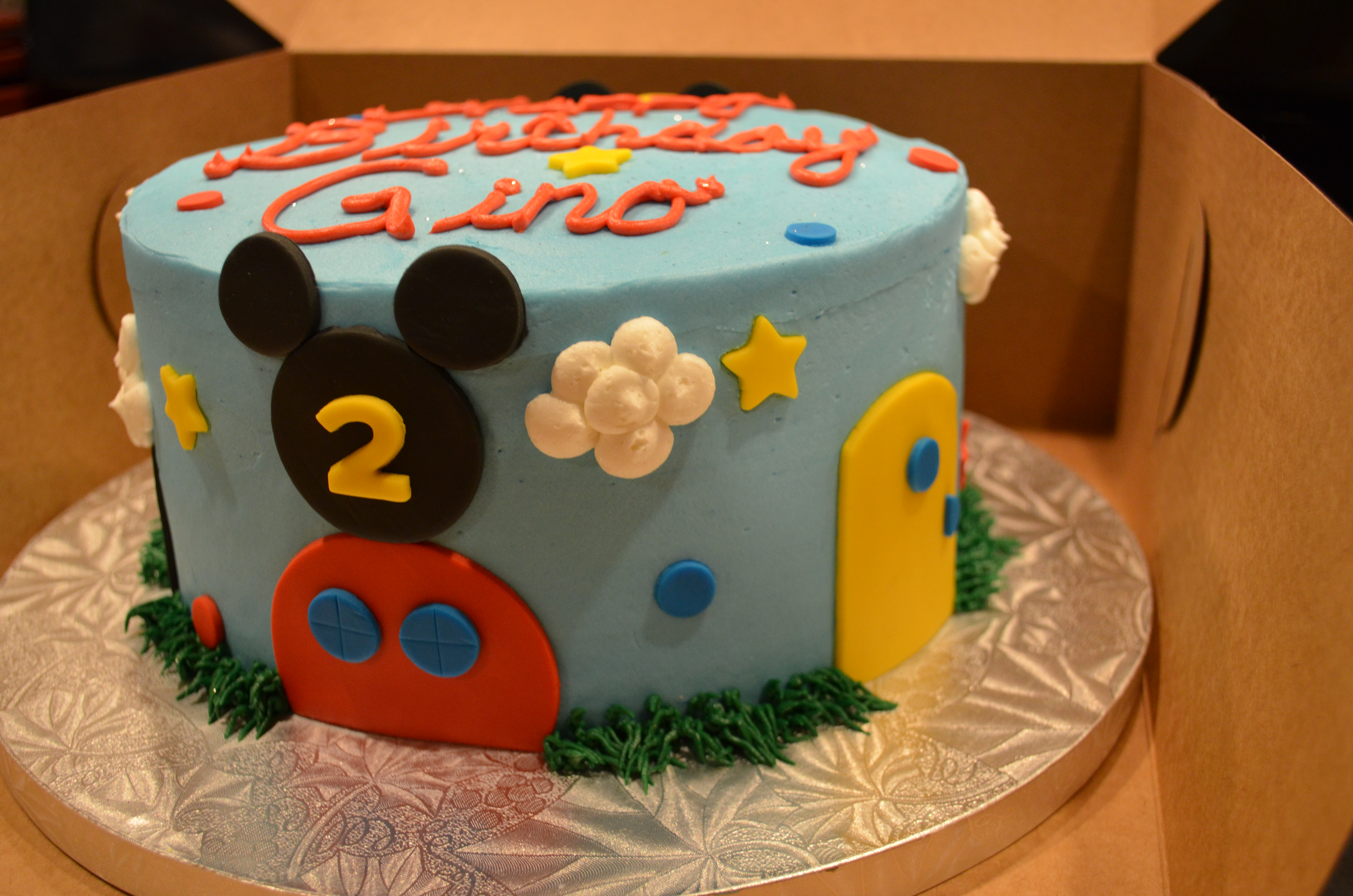 MM Clubhouse Cake 2