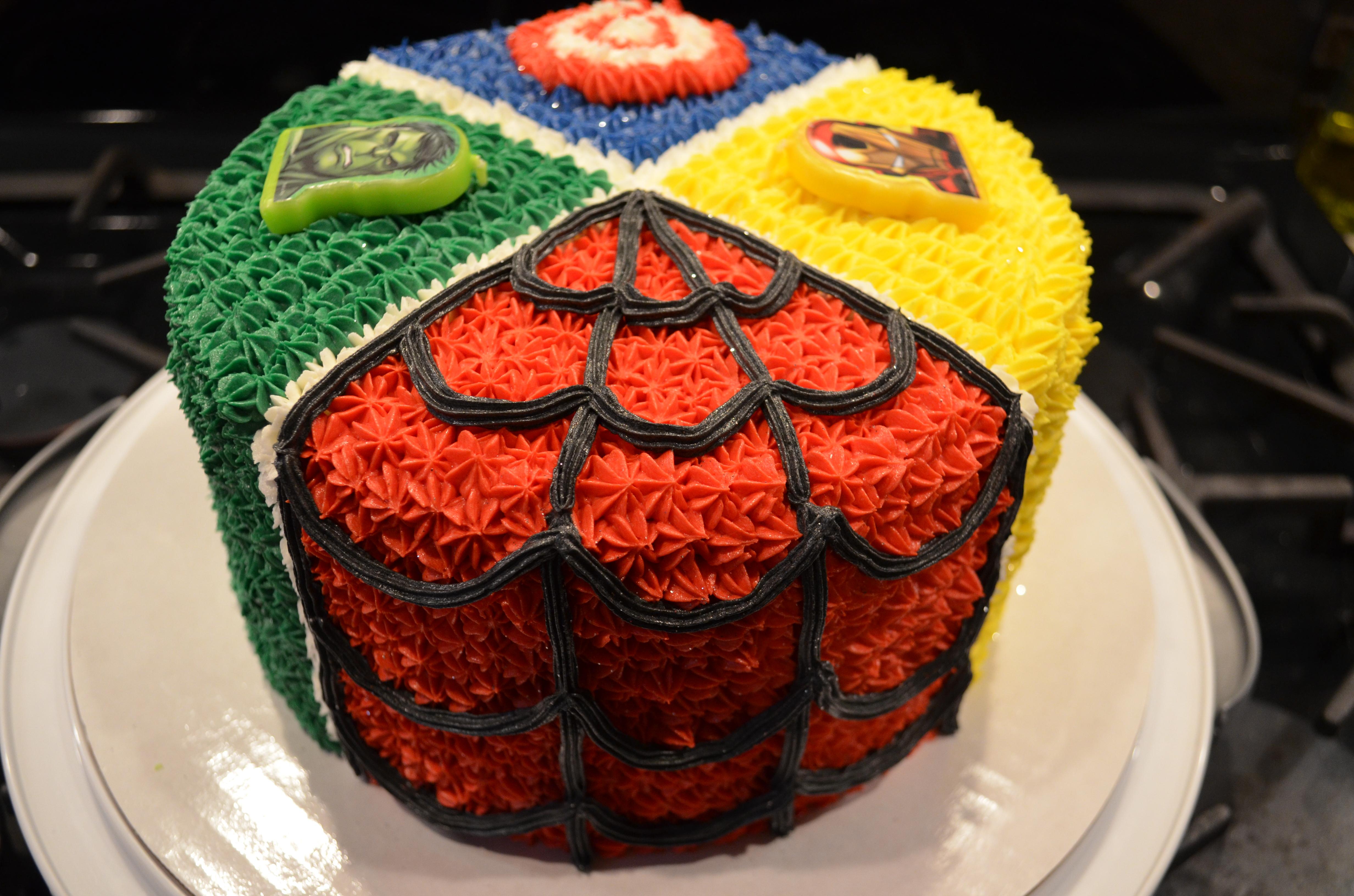 Superheroes Cake 2
