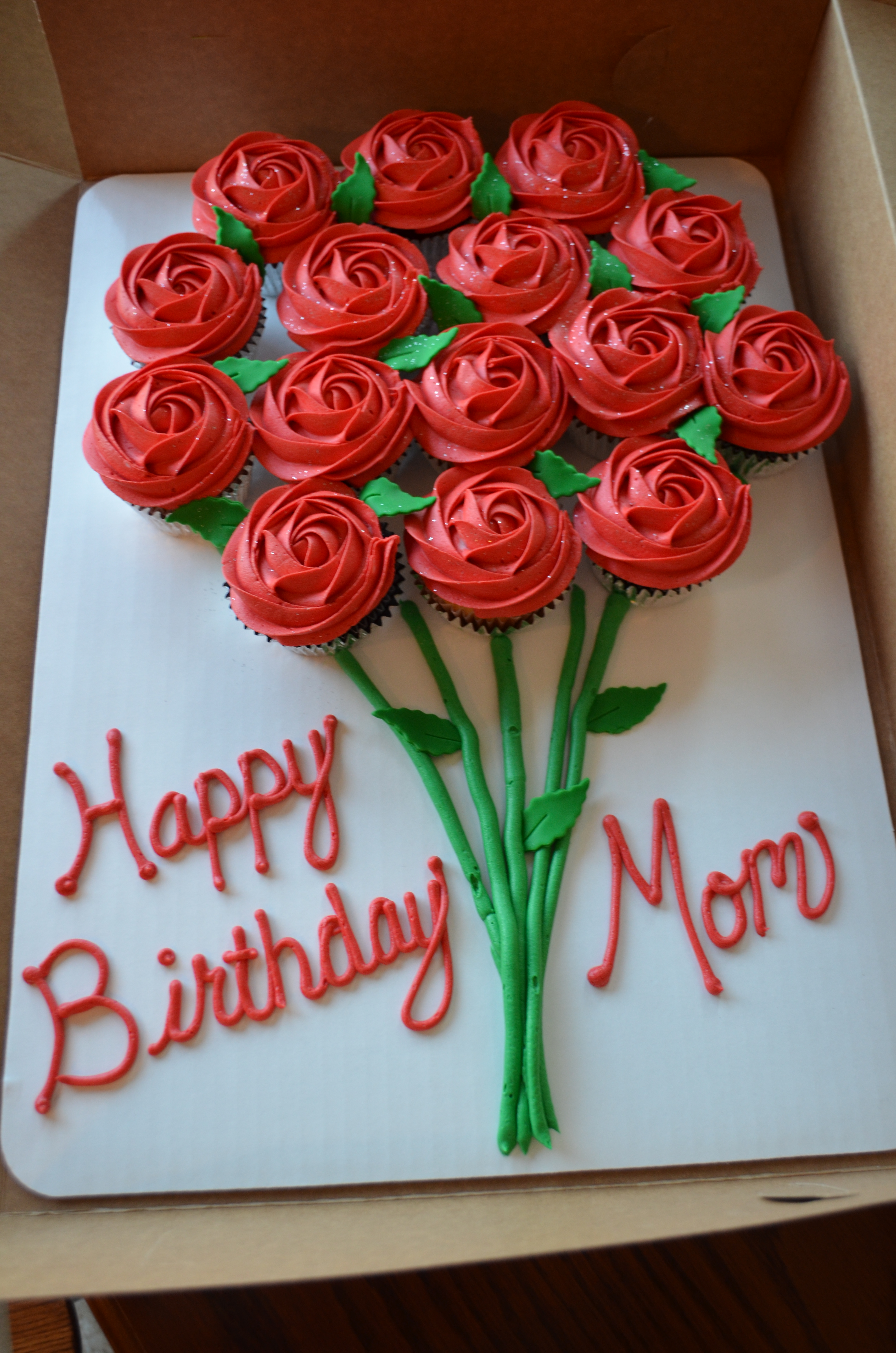 Roses Bouquet CC Cake