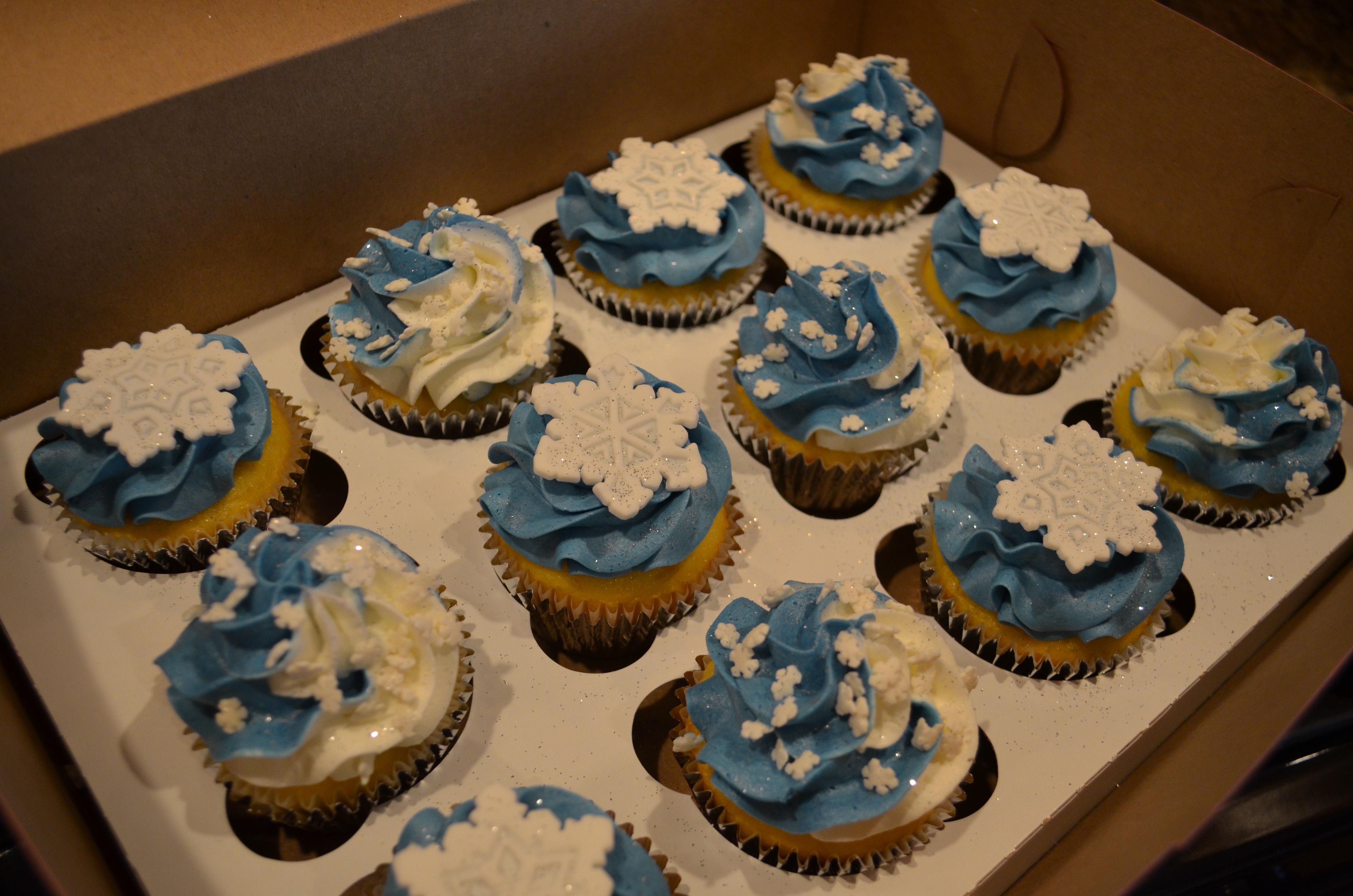 Blue Snowflake Swirl CCs
