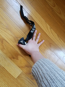 How to Tape Skiers Thumb