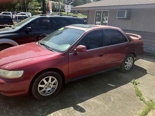 2002 Honda Accord   $1500 Cash