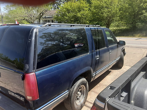 1999 Chevrolet Suburban  110k original miles