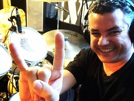 BARRIL DE PÓLVORA grava a bateria do próximo álbum