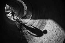 Israeli-child-plays-in-a-sewage-hose