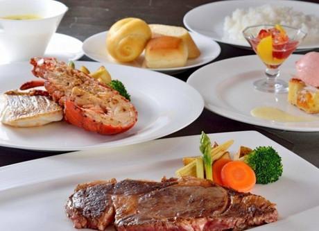 Prince-Hakone-Cuisine-Steak-Lobster-768x499.jpeg