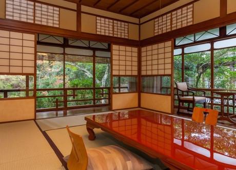 Iwaso-Ryumon-tei-cottage-768x512.jpeg