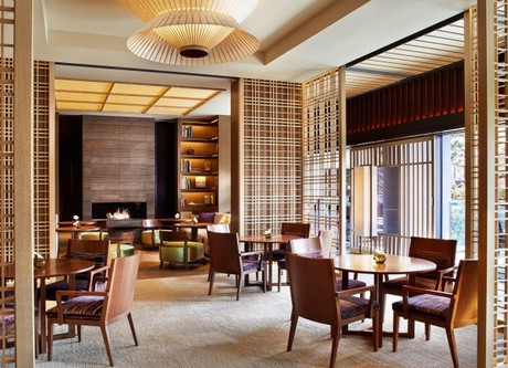 Ritz-Carlton-Lounge-768x432.jpeg