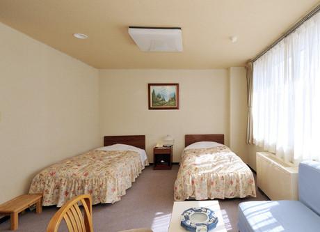 twin-room.jpeg