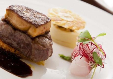Granvia-Osaka-Steak-768x323.jpeg