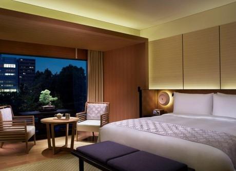 Ritz-Carlton-Double-768x358.jpeg