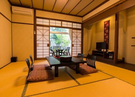 Yoshinoya-Room-768x513.jpeg