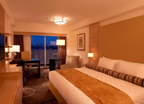 Superior-Modern-King-Room-Grand-Prince-Hotel-New-Takanawa-Tokyo-800x520-768x499.jpeg