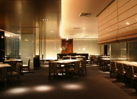 Shinjuku-Prince-Restaurant-768x499.jpeg