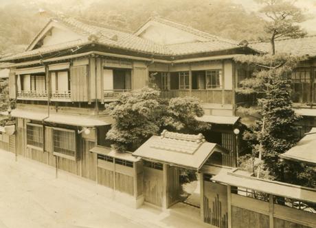 KOBAYASHIYA 4.png