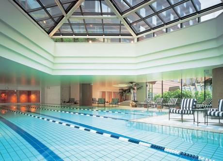 Grand-Hyatt-Fukuoka-Pool-768x432.jpeg