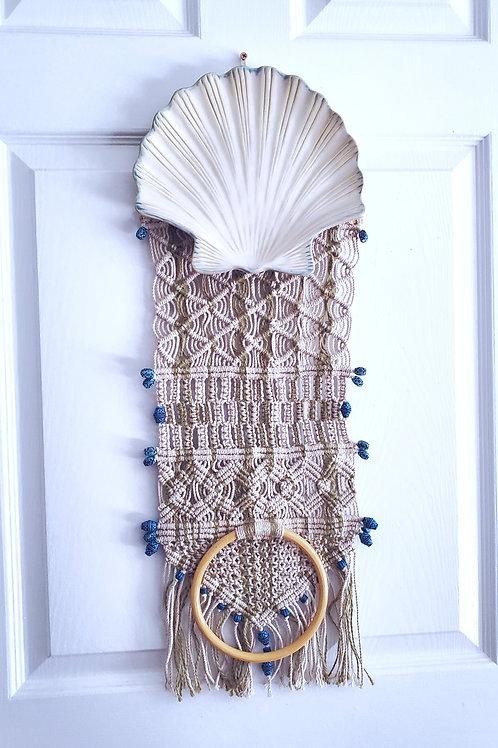 Shell Towel Holder