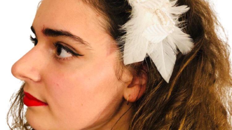 White Wedding Beaded Comb