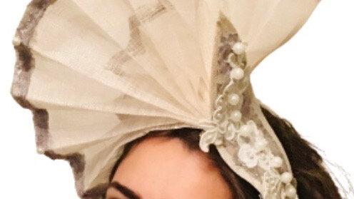 Ivory Fan Hat