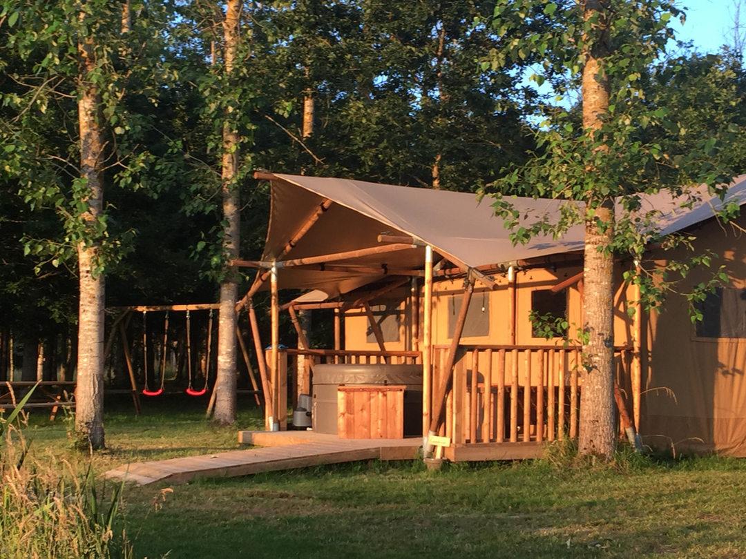 Lodge-peuplier-domaine des faverotsjpg