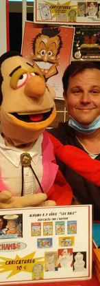 arm rod puppets 1 marionnettiste