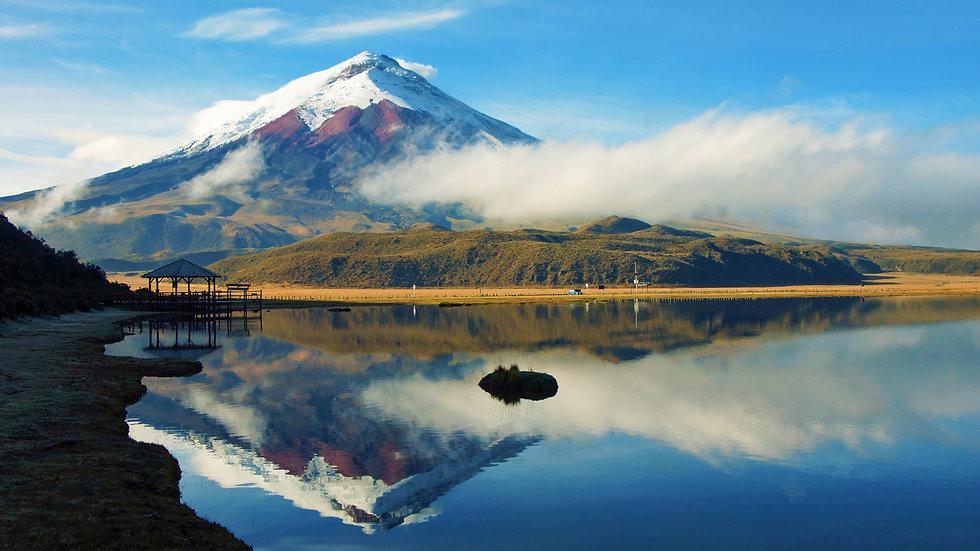 Limpiopungo Lake.jpg