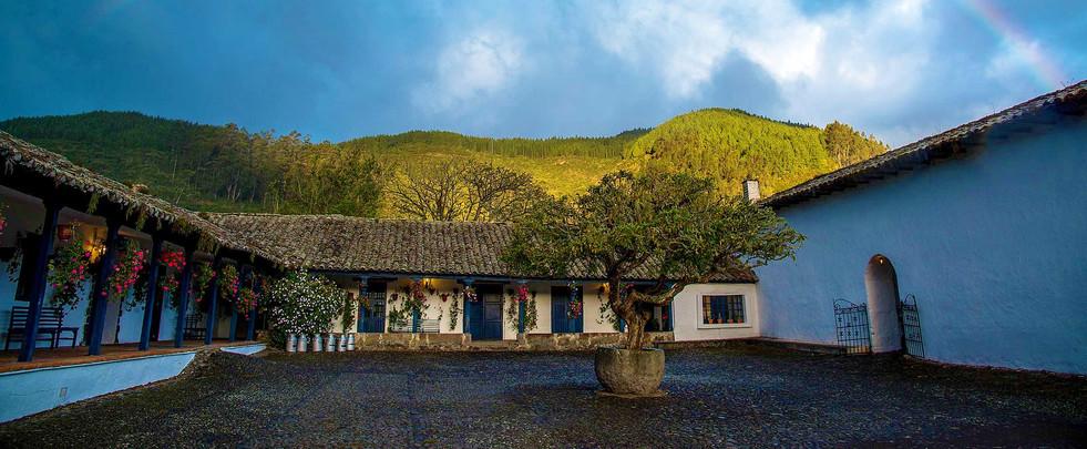 hacienda Zuleta.jpg