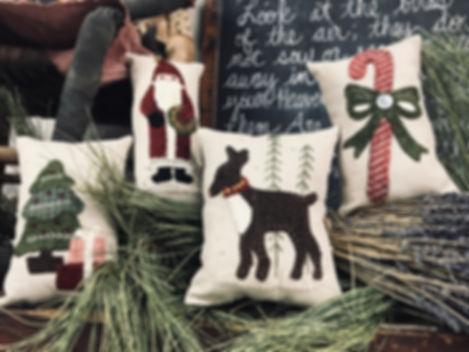 November_ Set of 4 Holiday Pillows by Bu