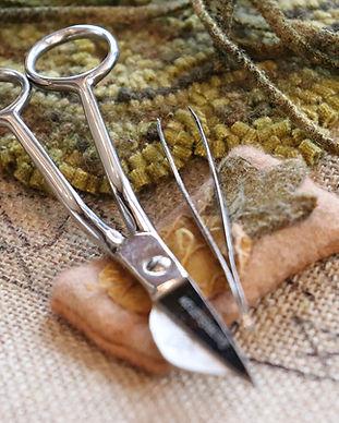 shepherdswool_antiques_hooking.jpg