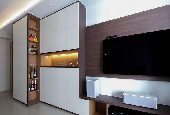 Tv console.jpg