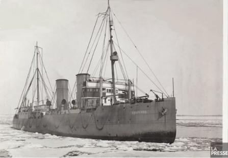 Construit en 1930 aux chantiers navals d'Halifax, en Nouvelle-Écosse, le NGCC NB McLean était un brise-glace de la Garde côtière canadienne.