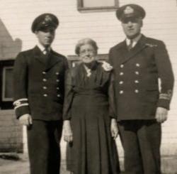 Robert-Patrick Chouinard, Odile Pipe Paquet et le capitaine Albini Chouinard.