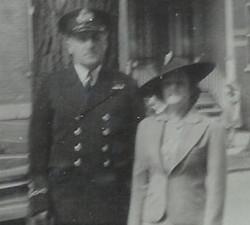 Le capitaine Albini Chouinard et sa 2e épouse Rose-Délima Longtin.