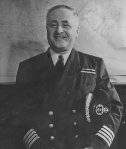 Capitaine Albini Chouinard 1_edited