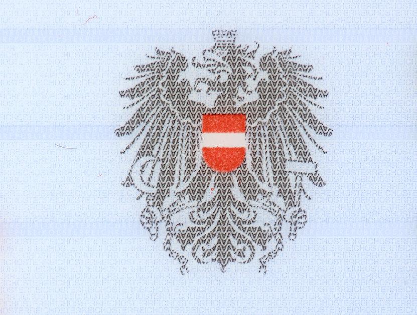 Wappentier auf einem Personalausweis