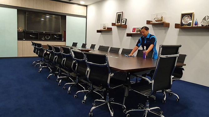 MEETING ROOM thin.jpg