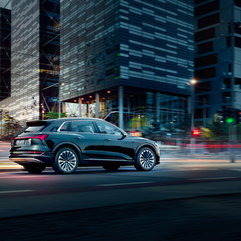 AUDI - Campagne New E-TRON (Salon)