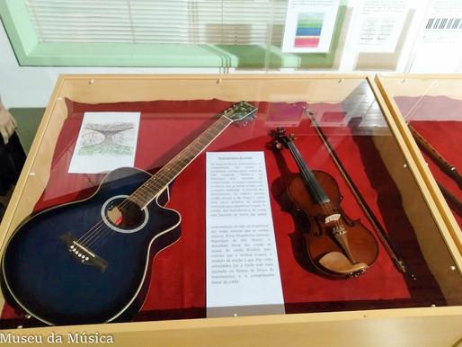 """Museu da Música inicia exposição temporária """"A Música e a Física"""""""