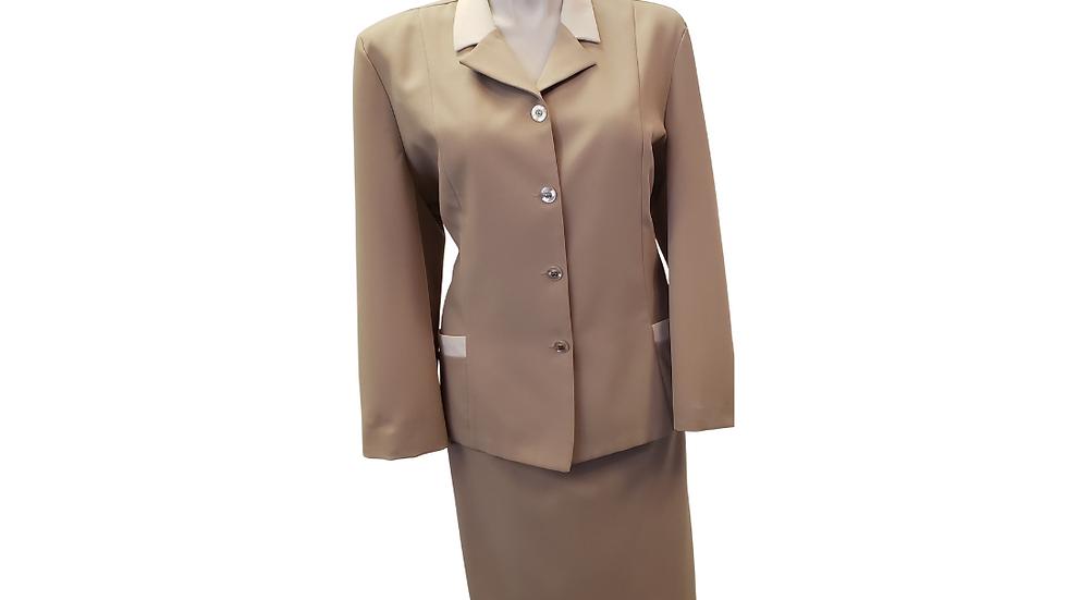 PRE-LOVED 20 Nikki Beige & Cream 2Piece Suit
