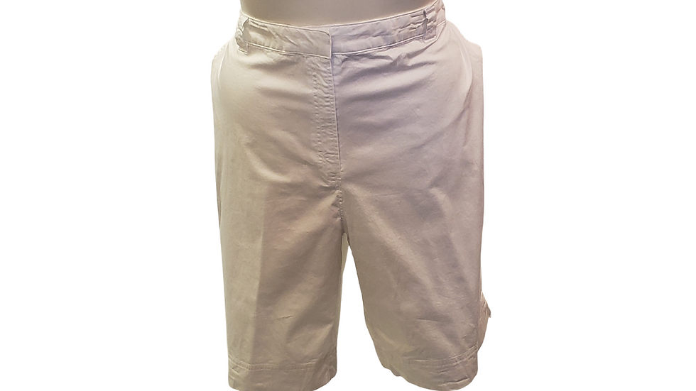 PRE-LOVED 24 W Kim Rogers White Shorts