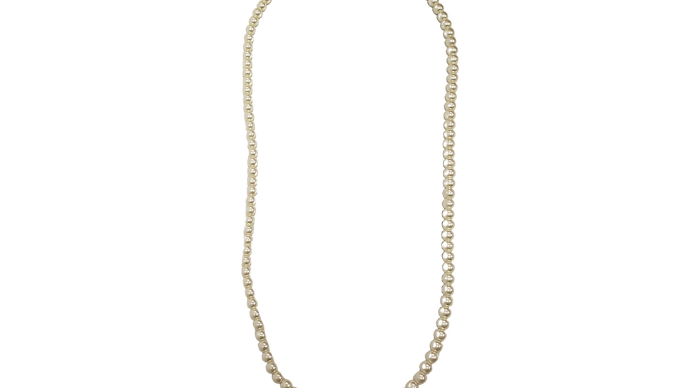 One Strand Pearl Necklace