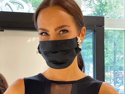 Chic Black with PEARLS Mask