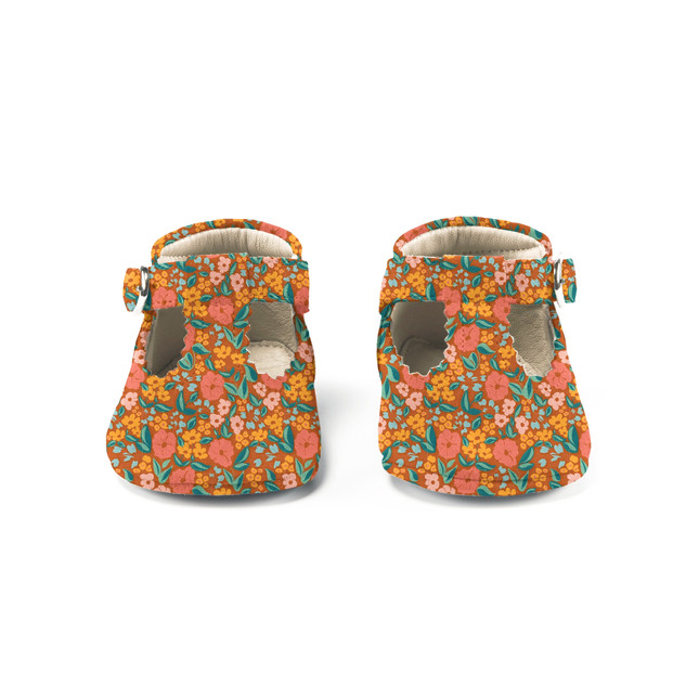 baby shoes with autumn beauty floral pat