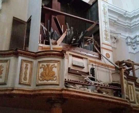 """l'organo """"Morettini"""" di Falerone distrutto dal terremoto"""
