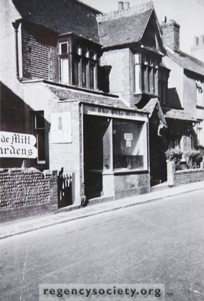 Lloyds bank was old mill tea rooms 1964.
