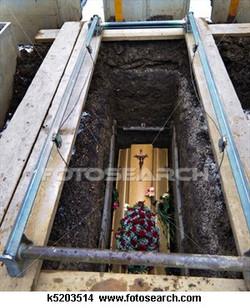 coffin-open-grave_~k5203514.jpg